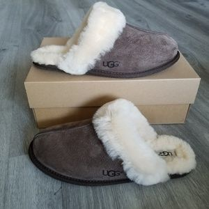 UGG Scuffette II Water- resistant Slippers.